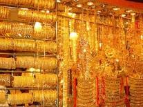 الذهب يرتفع بهبوط الدولار