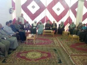 وفود رسمية وشعبية تهنئ الأنبا بيمن بالعيد في قوص5