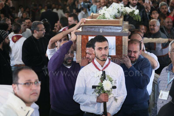 انتهاء صلاة سبعة شهداء للكاتدرائية المرقسية بالإسكندرية