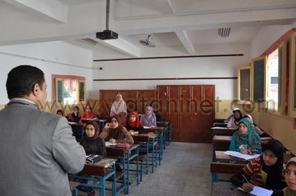 الدكتور إبراهيم التداوي - , وكيل وزارة التربية والتعليم بالبحيرة (3)