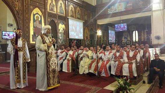سيامة 6 كهنة بيد قداسة البابا بكنيسة العذراء بمدنية نصر   (3)