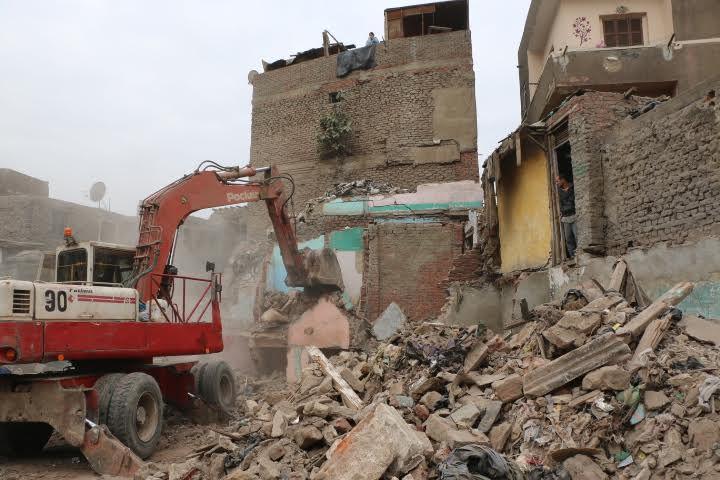 محافظ القاهرة يتفقد إزالات1