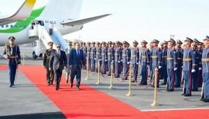 الرئيس الموريتاني بمطار القاهرة الدولي2