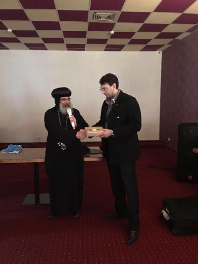 البابا يكلف الأنبا أباكير بإفتقاد أقباط الكنيسة  بأوكرانيا