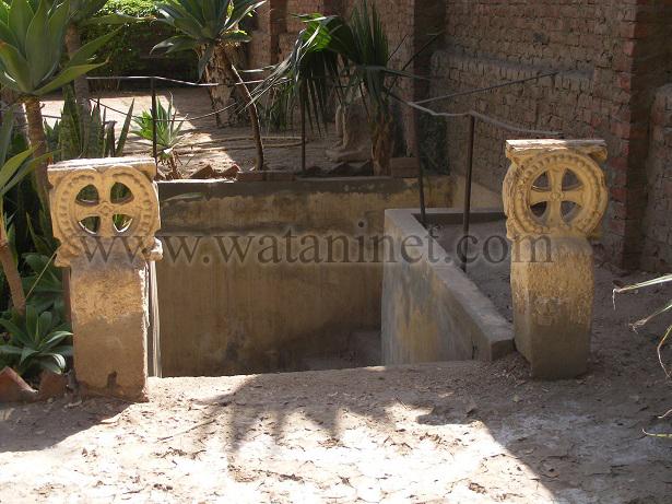 رقم 30 السلالم المؤدية لمدفن  الاباء copy