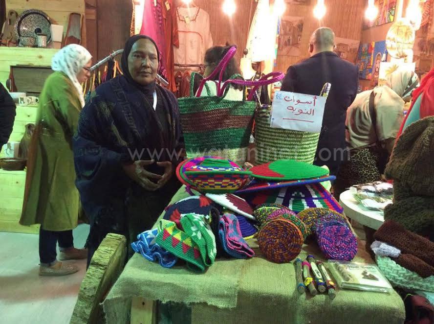 وطني فى جولة بمعرض الصناعات اليدوية الدولي الأول بمصر (9)