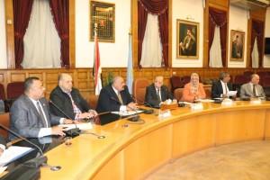 محافظ القاهرة يلتقي أعضاء مجلس النواب عن المنطقتين الغربية والجنوبية1