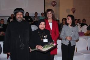 الأنبا ارميا يكرم أمهات الشهداء بالمركز الثقافي5
