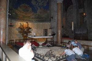 مع المسيح في طريق الآلام في بازيليكا النزاع10