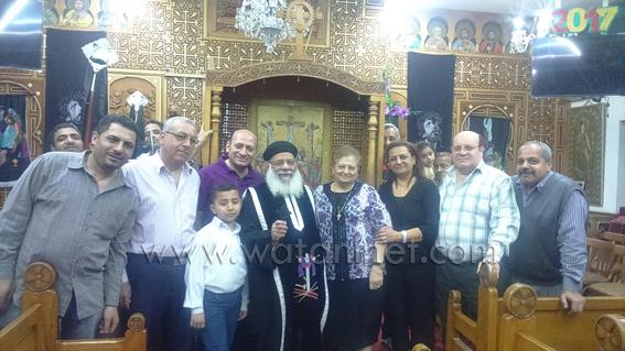 كنائس شبرا تحتفل بالجمعة العظيمة وسط تأمين غير مسبوق (2)